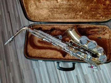 Alt saxofon Amati Super classic